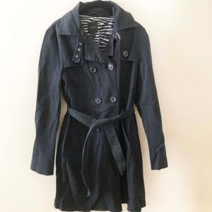 Express Black Trench Coat Zebra print interior
